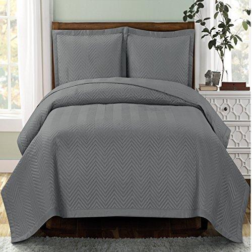 Deluxe Gray Chervon Oversized Bedspread Set Feels Like
