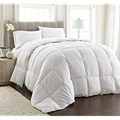 LIGHT WARMTH White Down Alternative Comforter With Space Saver Storage Bag, Duvet Insert, Corner ...