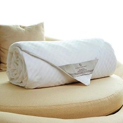 CUDDLE DREAMS Silk Comforter for Winter, 100% Long-Strand Silk Filling (King, 108 in x 90 in)