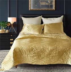 DREFEEL Luxury Quality Super Soft Quilted Bedspread Set 3 Pieces King Size 90 by 104 Inches R ...