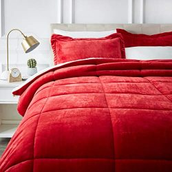 AmazonBasics Ultra-Soft Micromink Sherpa Comforter Bed Set – Full or Queen, Red